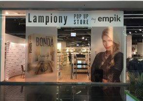 Lampiony POP UP STORE by Empik